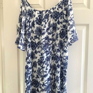 Blue and white printed tunic dress